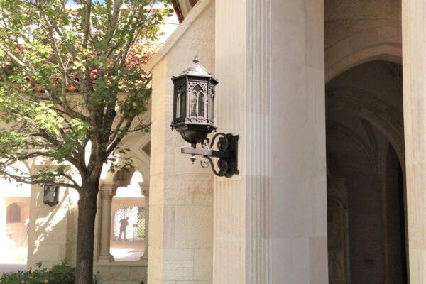 solara-custom-classic-steel-outdoor-lighting-facade-barcelona