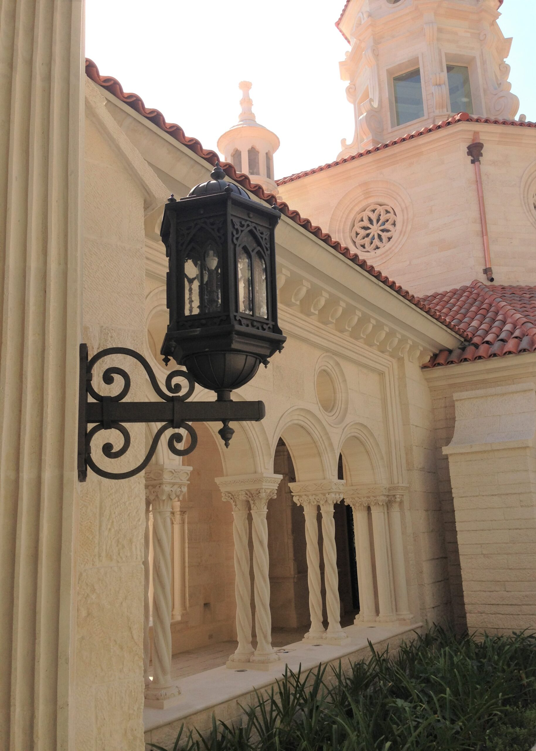 solara-custom-classic-steel-outdoor-lighting-patio-barcelona