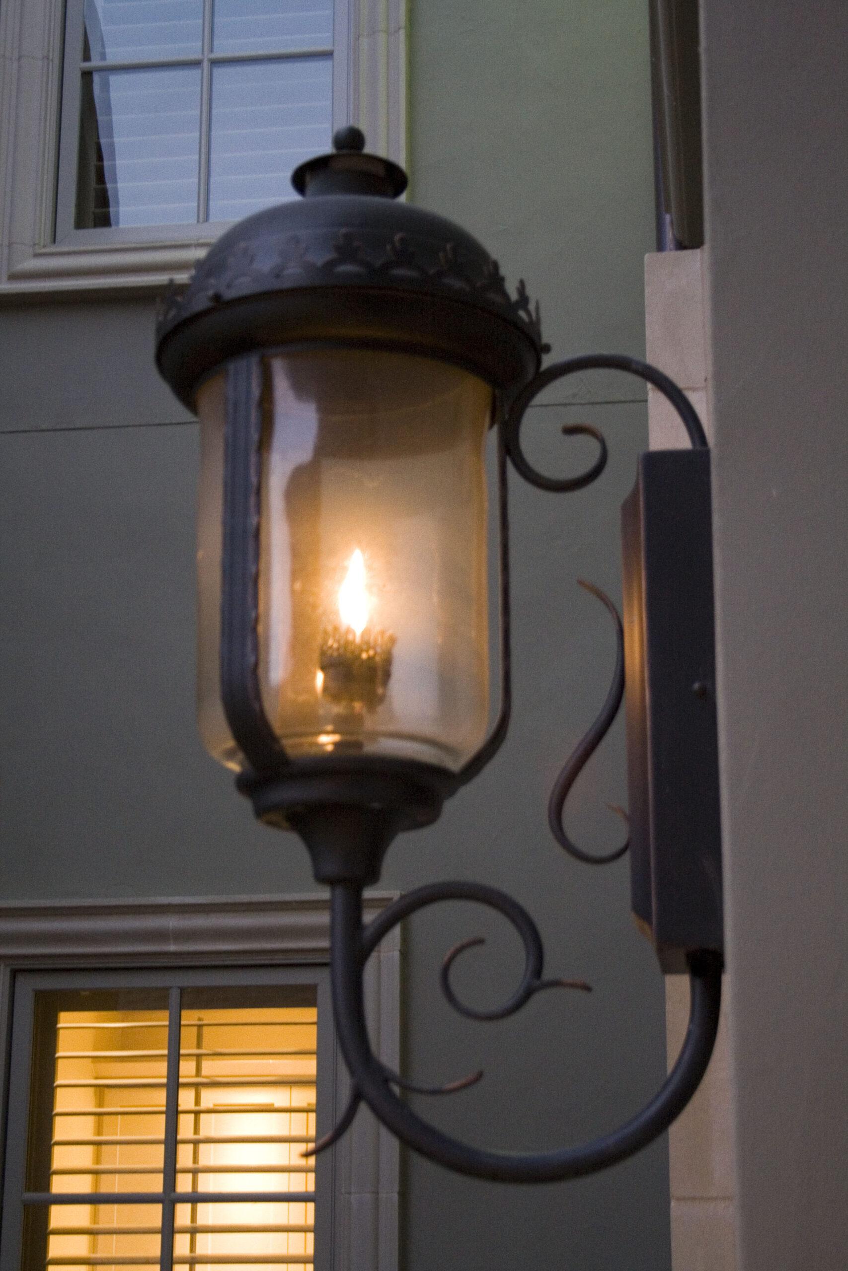 solara-custom-classic-steel-outdoor-lighting-porch-bellagio