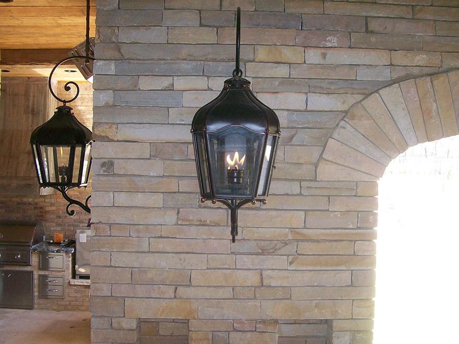 solara-custom-classic-steel-outdoor-lighting-patio-berlin