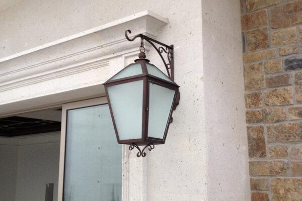 solara-custom-classic-steel-outdoor-lighting-entrance-bourbon
