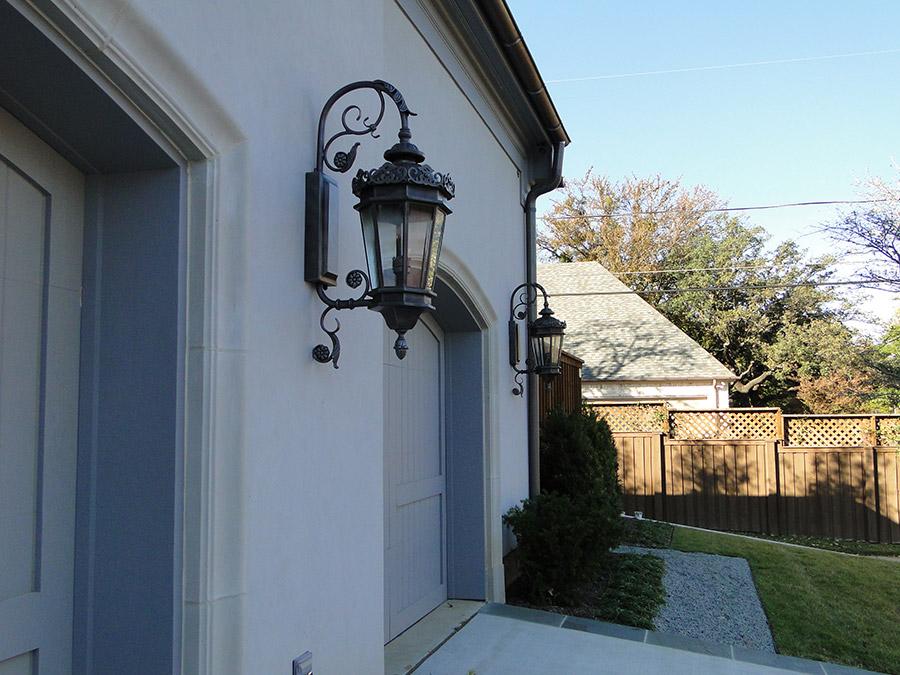 solara-custom-classic-steel-outdoor-lighting-porch-chianti