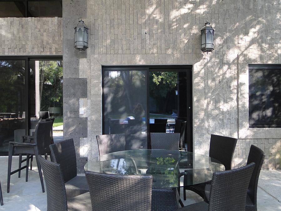 solara-custom-classic-steel-outdoor-lighting-patio-girona