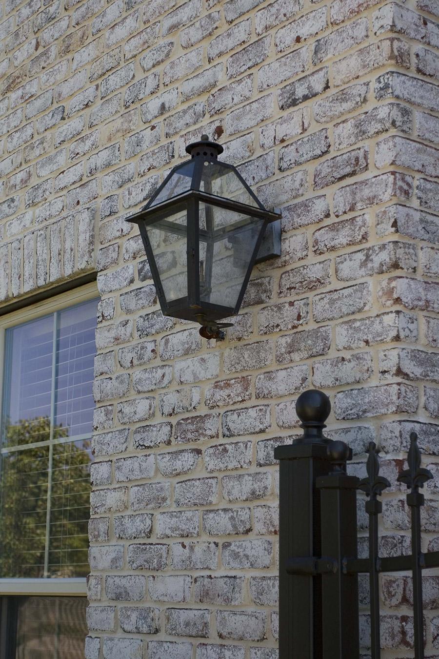 solara-custom-classic-steel-outdoor-lighting-mardi-gras