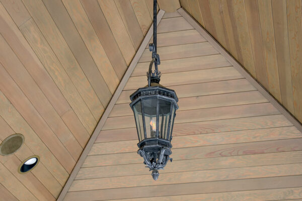 solara-custom-classic-steel-outdoor-lighting-pendant-lucerna