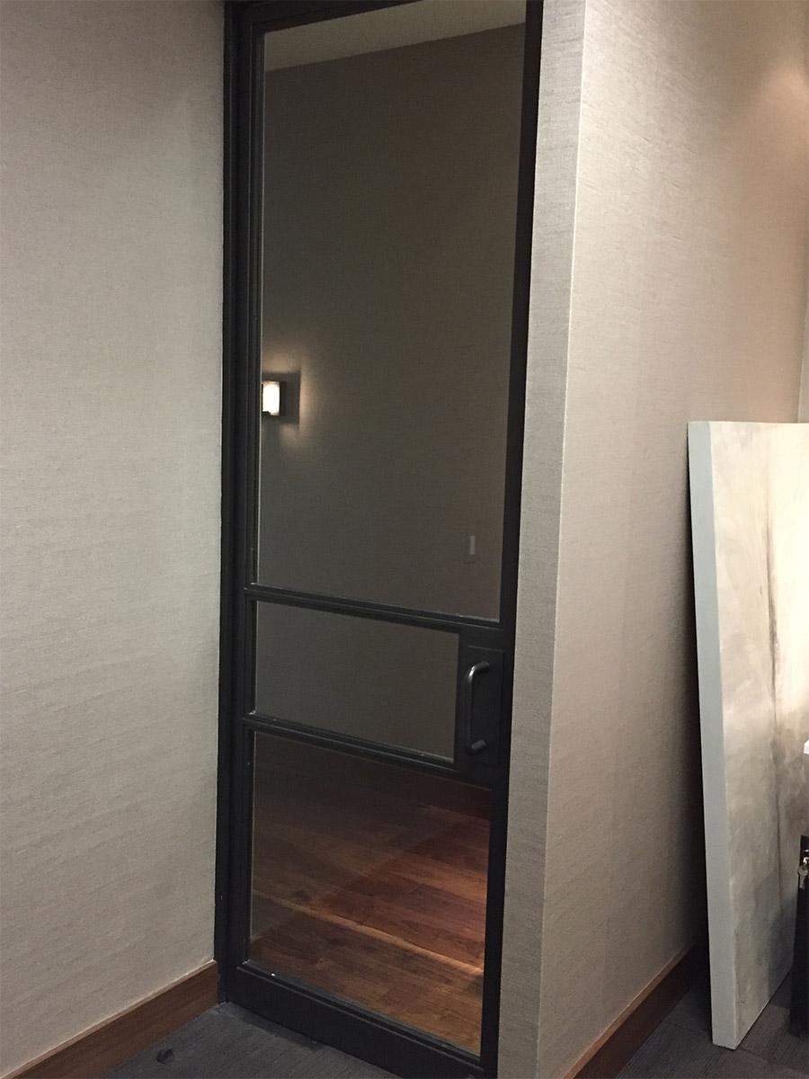 Designer-Office-steel-ARC-Lowprofile-transitional-doors-(11)-como-objeto-inteligente-1