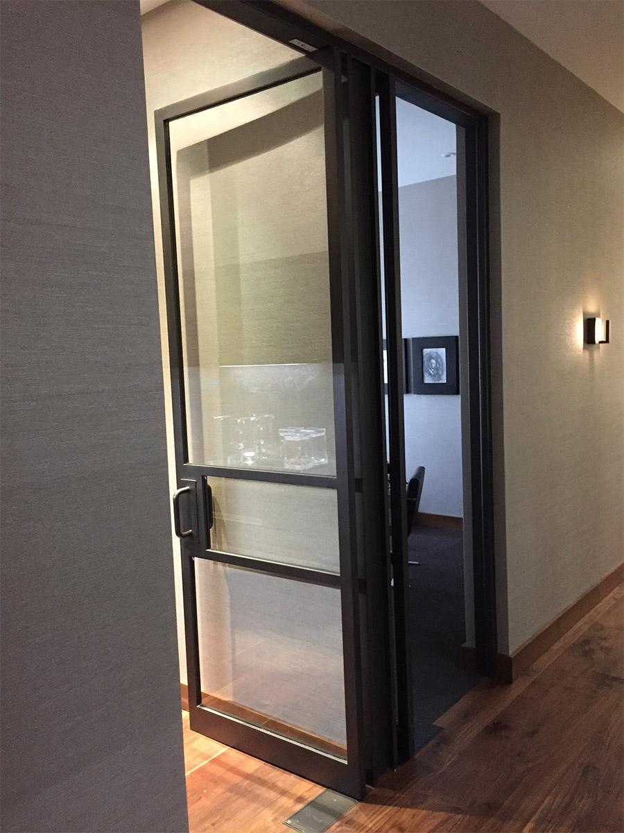 Designer-Office-steel-ARC-Lowprofile-transitional-doors-(4)-como-objeto-inteligente-1