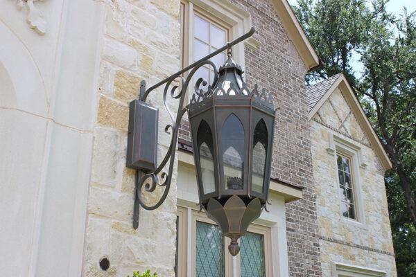 solara-custom-classic-steel-outdoor-lighting-entrance-gibraltar