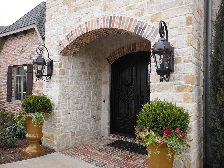 Lynn-Residence-Main-Entry-Steel-Door-16977-(3)