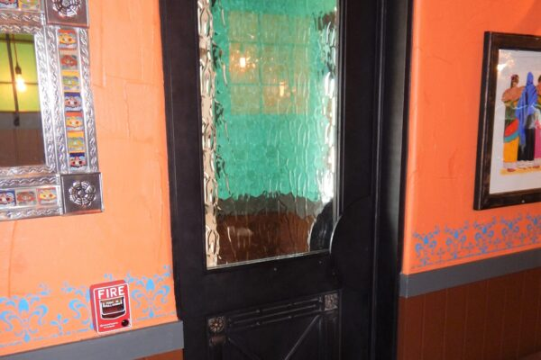Miguel's-Restaurant-Midland-TX-Steel-commercial-Main-Door-Entry-windows-railings-lighting-Avanti-OLS-MOD-B003 (9)