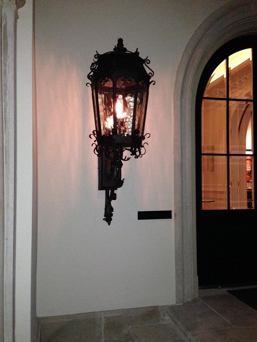 solara-custom-classic-steel-outdoor-lighting-patio-palermo