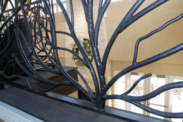 Ronald-McDonald-House-Steel-Commerical-Vine-Doors-Lighting-Railings-(43)-como-objeto-inteligente-1