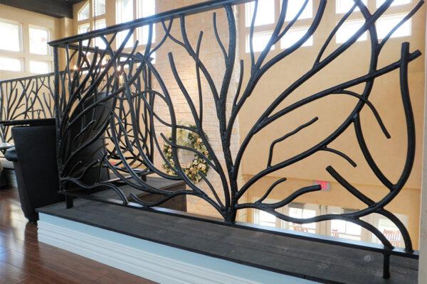 Ronald-McDonald-House-Steel-Commerical-Vine-Doors-Lighting-Railings-(45)-como-objeto-inteligente-1