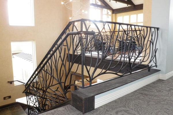 Ronald-McDonald-House-Steel-Commerical-Vine-Doors-Lighting-Railings-(50)-como-objeto-inteligente-1