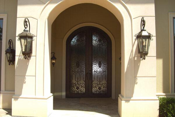 Vienna-iron-lighting-fixture-foyer-hall-pendant-entry-kitchen-wrouhgt-iron-door-solara-ligthing-D006-013-EG-(8)