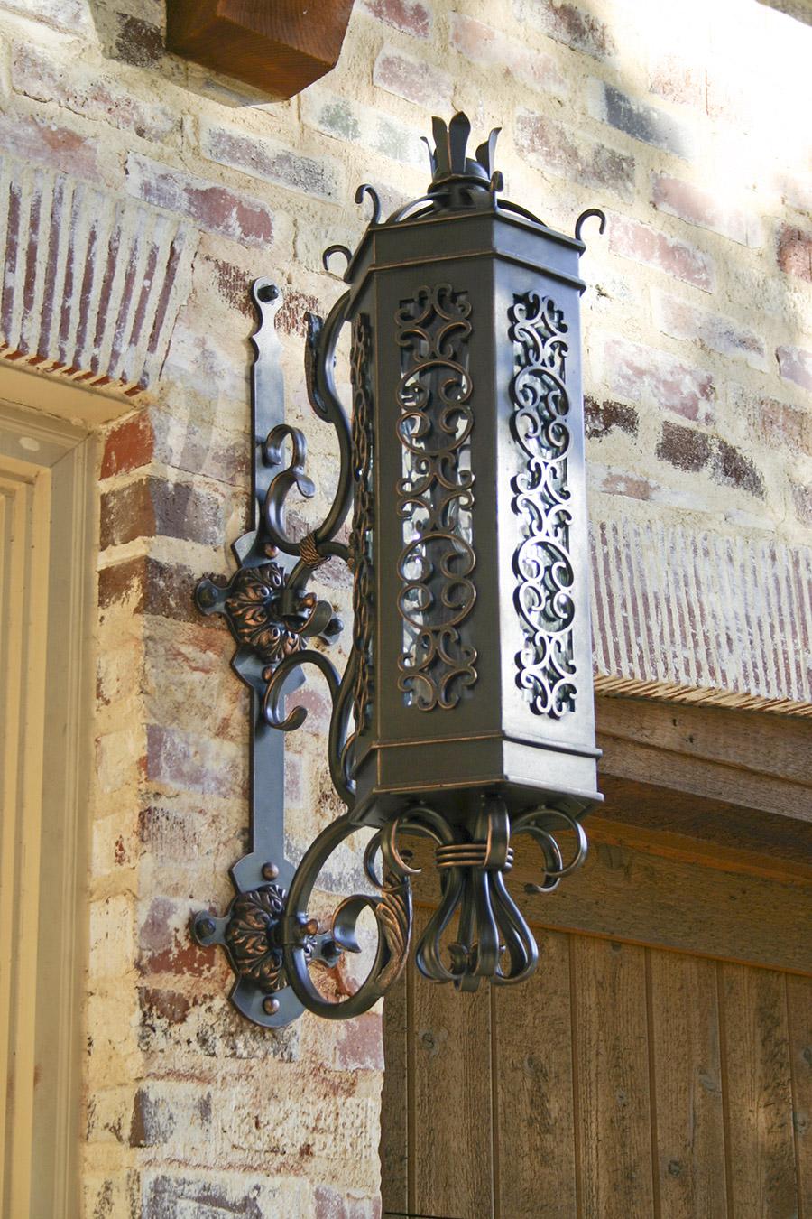custom-Victory-iron-lighting-fixture-foyer-hall-pendant-entry-kitchen-solara-ligthing-E007-012-EL-(13)
