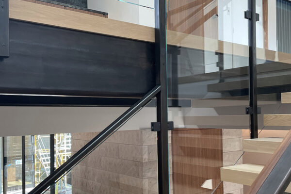 14-Interior-Floating-Stairs-and-Glass-Railing-(3)