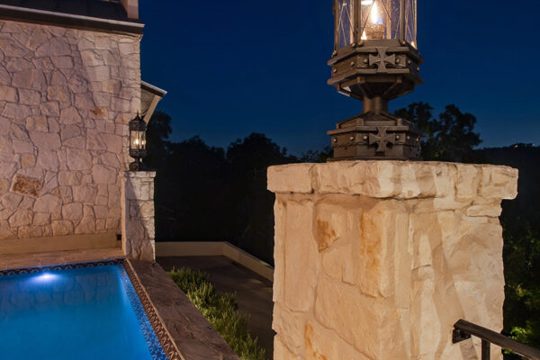Cantera-Residence-Custom-Harlequin--ARC-Low-Profile-Wince-Cellar-and-Front-Entry-(6)