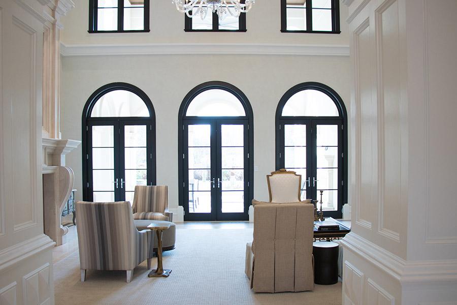Deloache-Residence-classic-steel-outdoor-lighting-architectural-doors-railing-winnecellar-(38)