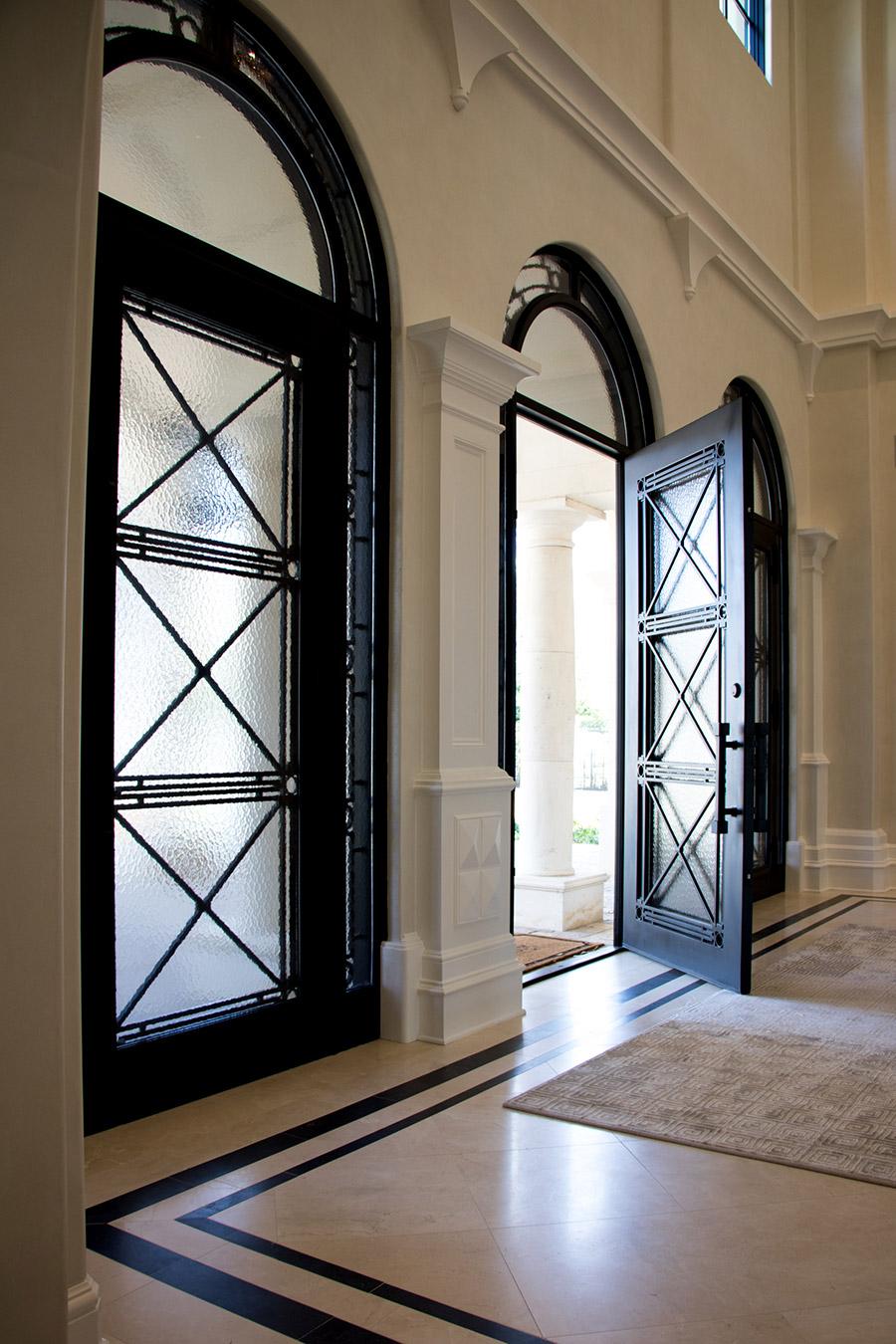 Deloache-Residence-classic-steel-outdoor-lighting-architectural-doors-railing-winnecellar-(39)