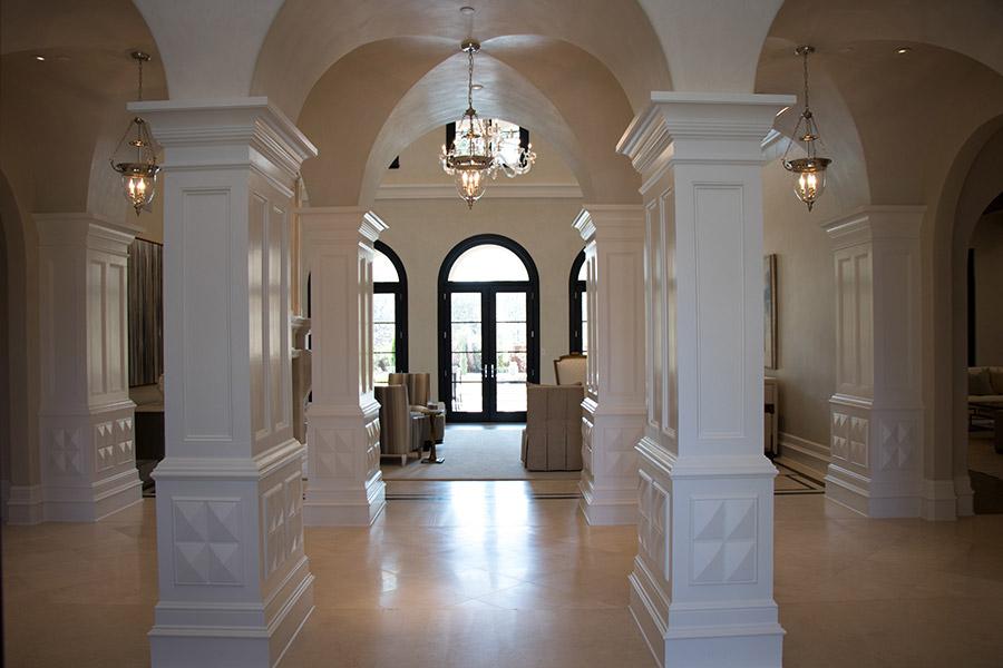 Deloache-Residence-classic-steel-outdoor-lighting-architectural-doors-railing-winnecellar-(42)