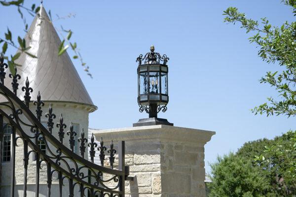 La-Mirada-Lisanti-Residence-Front-Door-Outodoor-Lighting-Steel-Alesandria-OLS-CLA-F-006-Railing--(-(18)