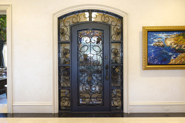 La-Mirada-Lisanti-Residence-Front-Door-Outodoor-Lighting-Steel-Alesandria-OLS-CLA-F-006-Railing--(-(30)