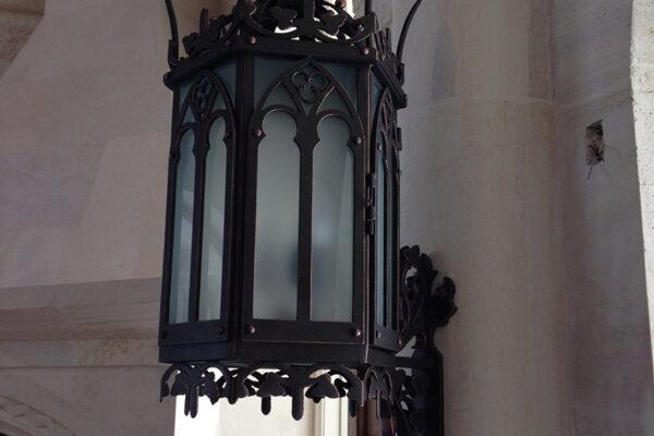 Poblet-classic-iron-doors-custom-outdoor-lighting-architectural-doors-ralings-(45)
