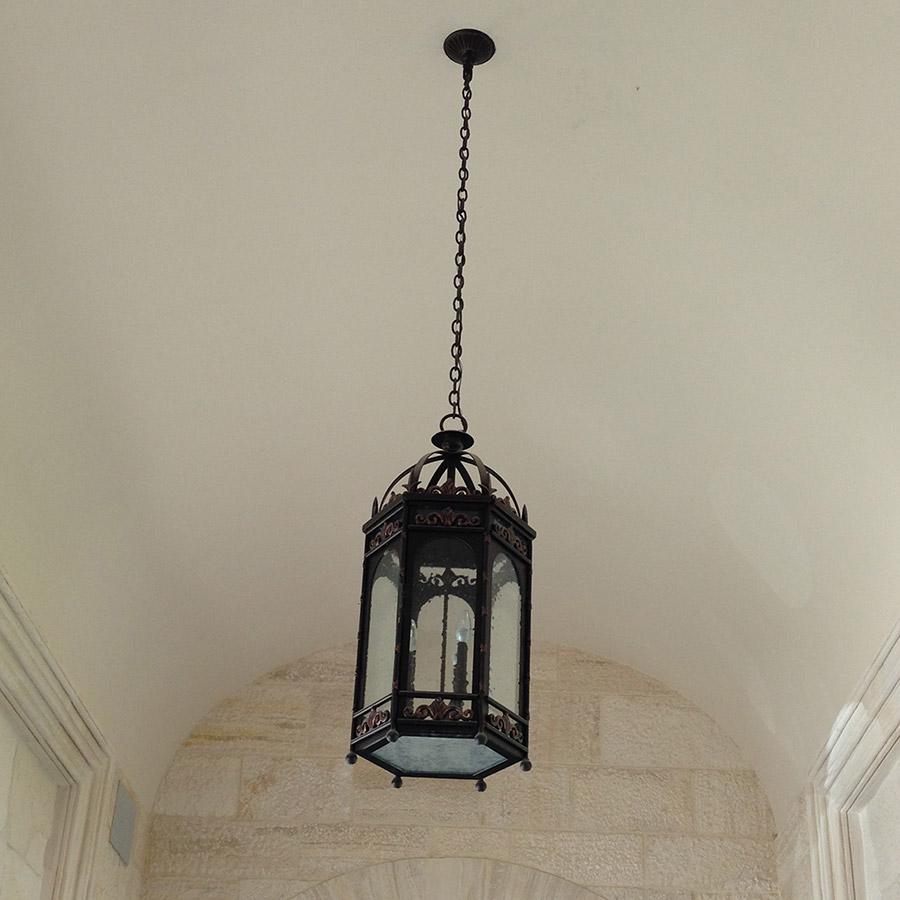 Poblet-classic-iron-doors-custom-outdoor-lighting-architectural-doors-ralings-(47)