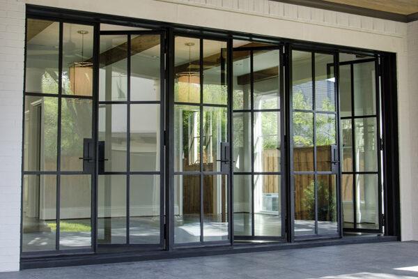 Sainton-Residence--ARC-Low-Profile-Steel-Doors-(15)