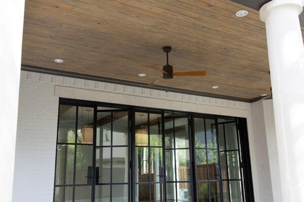 Sainton-Residence--ARC-Low-Profile-Steel-Doors-(22)