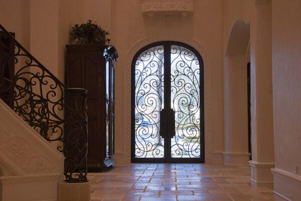 drake-residence-classic-steel-custom-outdoor-lifghting-architectural-doors-railings-winecellar-(150)