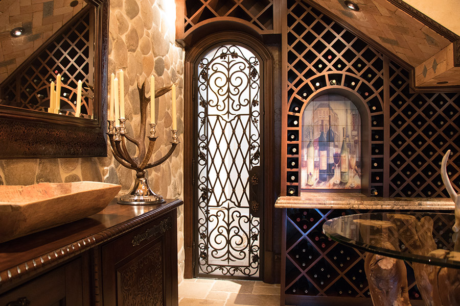 drake-residence-classic-steel-custom-outdoor-lifghting-architectural-doors-railings-winecellar-(219)