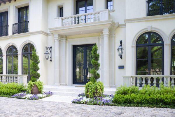 solara-custom-doors-and-lighting- Oblivion- Classic Door- (5)